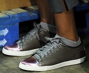 Obama_Michelle_sneakers