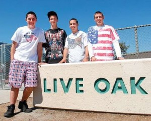 liveoakstudents_usflag