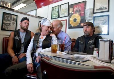Biden_Cruisers Diner, Sept. 9, in Seaman, Ohio. (400x277)