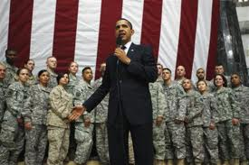Obama_military photo_op