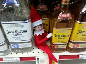 Elf-on-the-shelf-at-the-liquor-store